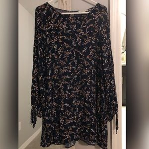 🌻 AE NWOT Babydoll Dress w/ Cold Shoulder, Sz L